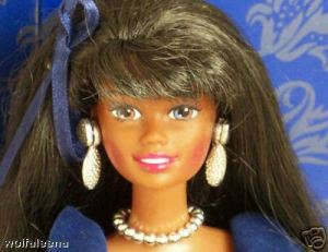 My lil' Halle Berry doll cheers me on in the crowd.