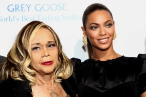 etta-james-and-beyonce-550x367