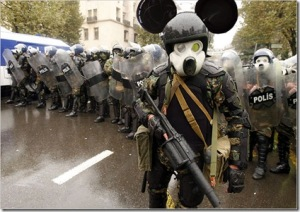rioting-polish-polices-mickey-mouse-uniform-picture4
