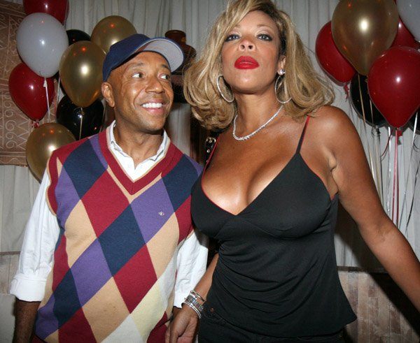 Wendy williams looks like a drag queen